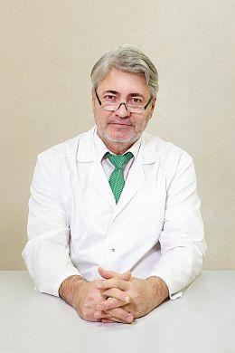 Какой врач лечит кровотечение из заднего прохода